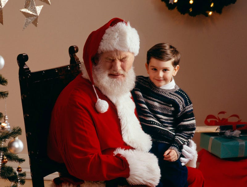 Illustration for article titled Mall Santa Crying Hysterically In Photo With Toddler