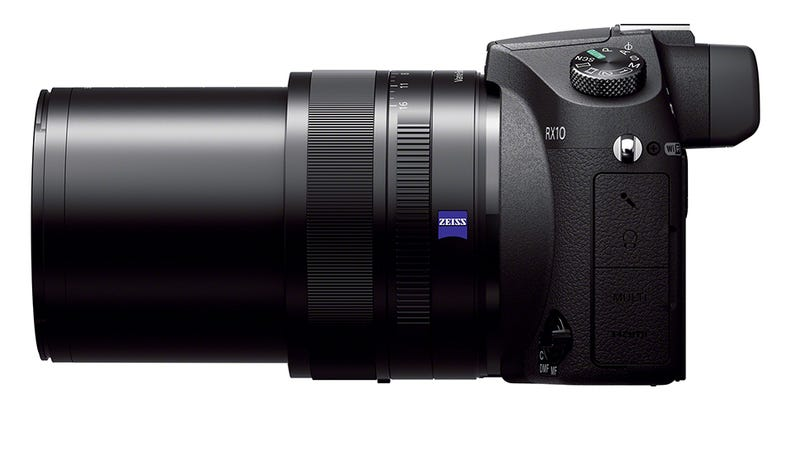 Illustration for article titled Sony RX10: una compacta con zoom y sensor imbatibles