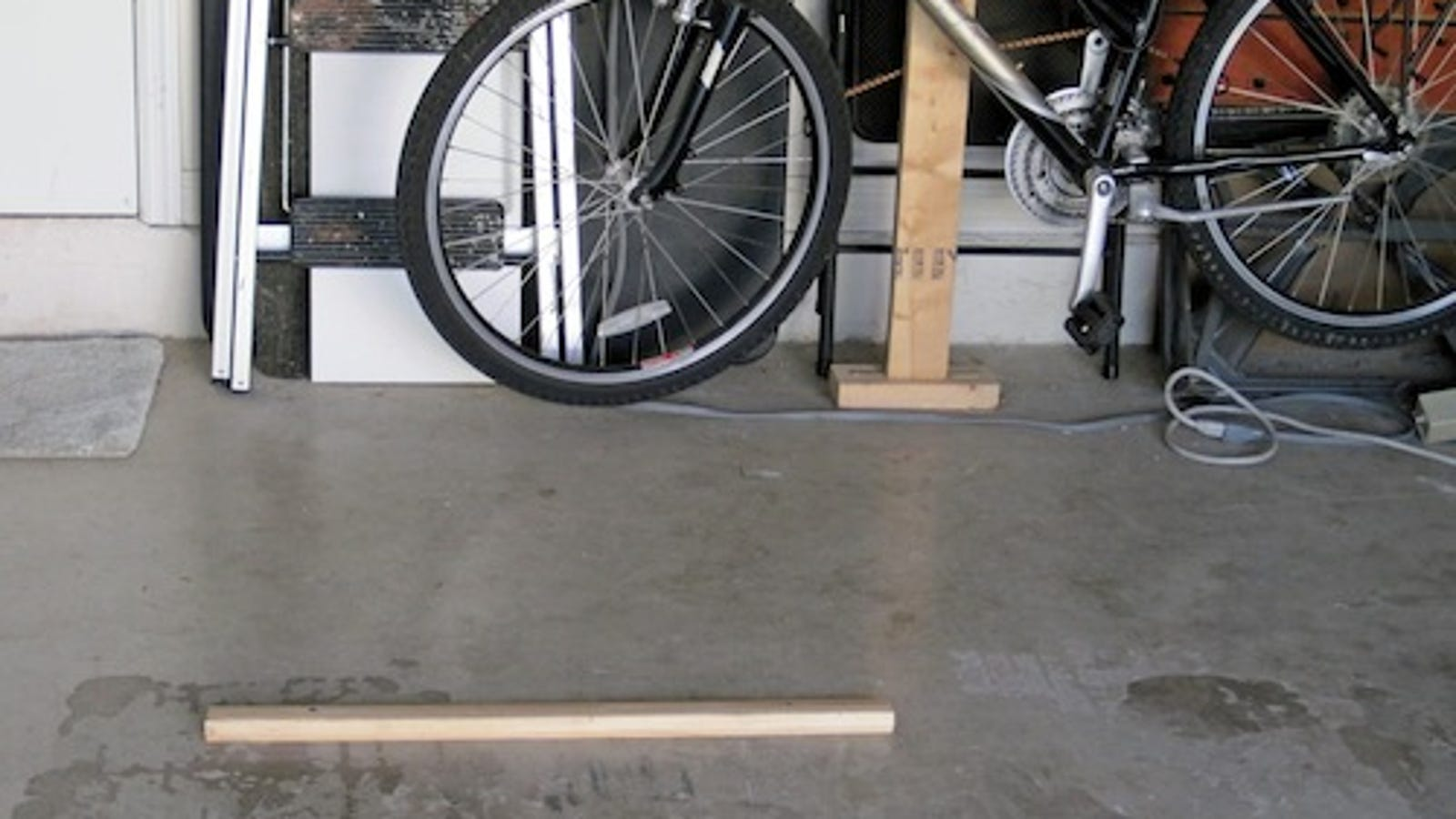 Diy garage parking bumper keeps you from knocking over the bicycles solutioingenieria Gallery