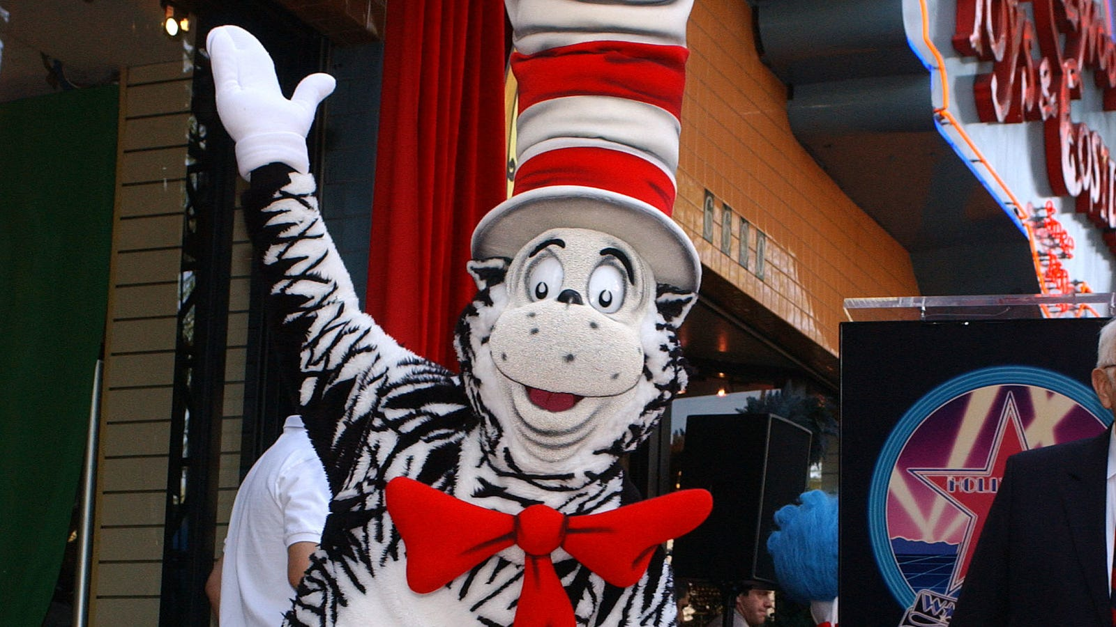 473bf001 The Cat In The Hat comes back (to theaters with a new animated movie)