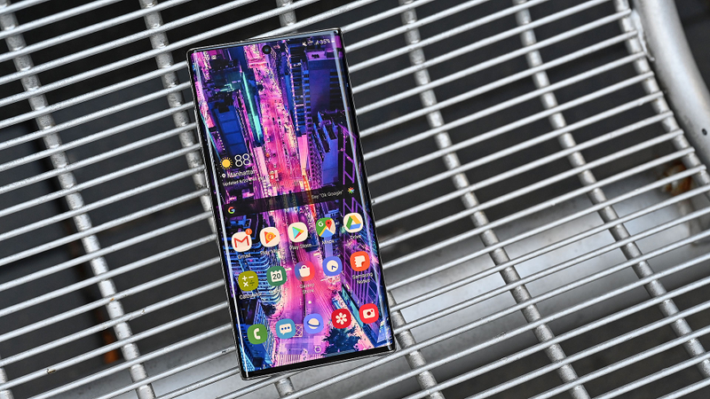 Illustration for article titled The Galaxy Note 10+ Is Damn Near Perfect