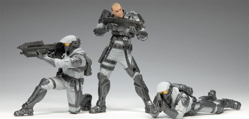 Illustration for article titled Halo Wars Figures Receive Reinforcements