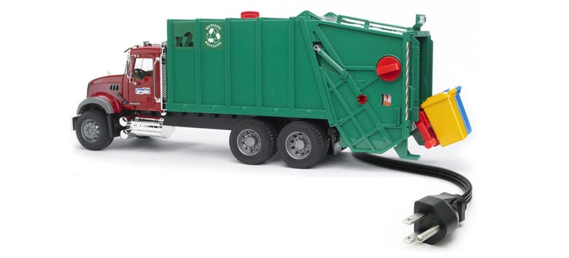 Illustration for article titled One Of Tesla Co-Founders Wants To Make Garbage Trucks Now