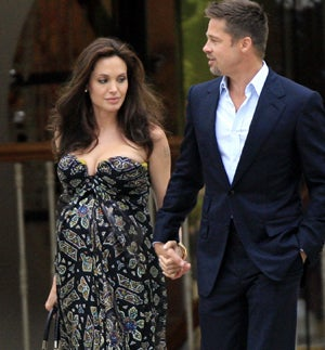 Jolie pregnant with twins