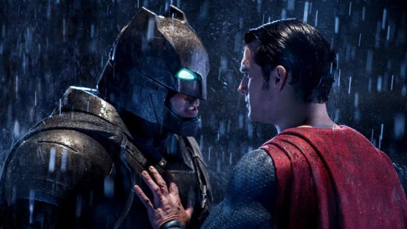 Illustration for article titled Batman V Superman Is V Bad