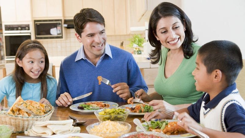 Illustration for article titled If You Eat With Your Family You Will Be Skinny and Pretty and Happy