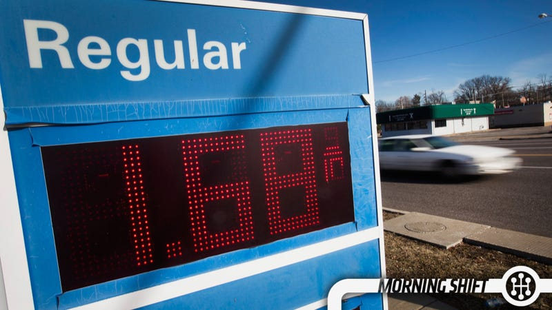 Illustration for article titled Lower Gas Prices Prove That A Short-Term Tax Cut Might Not Do Anything