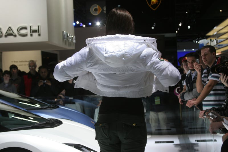"""Illustration for article titled How To Be An Auto Show """"Booth Babe"""""""