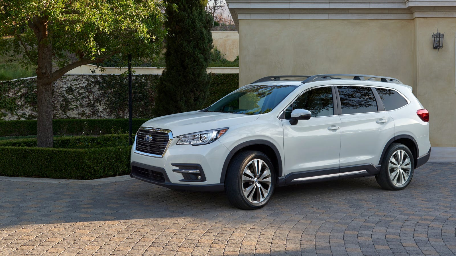 the 2018 subaru ascent prepare to see three row awd crossovers everywhere. Black Bedroom Furniture Sets. Home Design Ideas