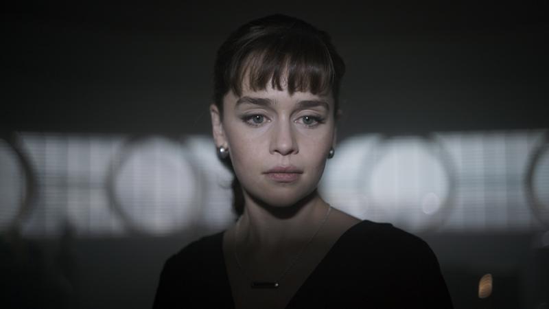 Qi'ra (Emilia Clarke) in Solo: A Star Wars Story.