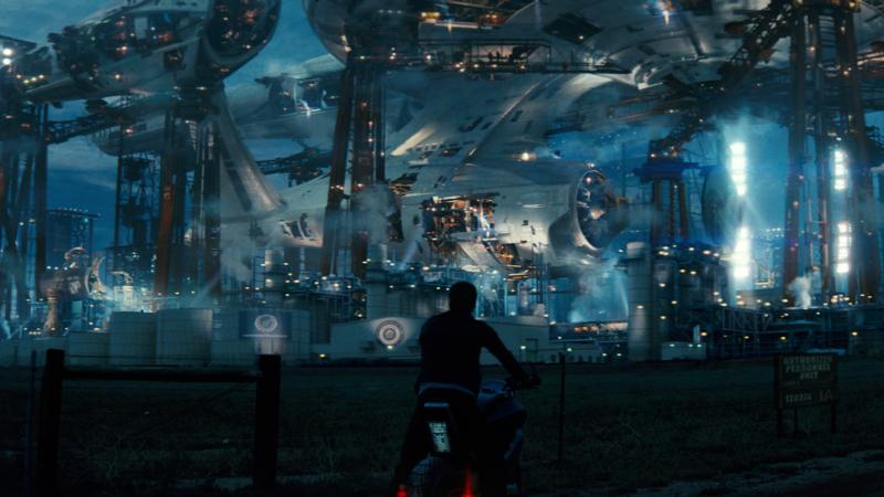 Image: Enterprise under construction in Star Trek (2009) / Paramount