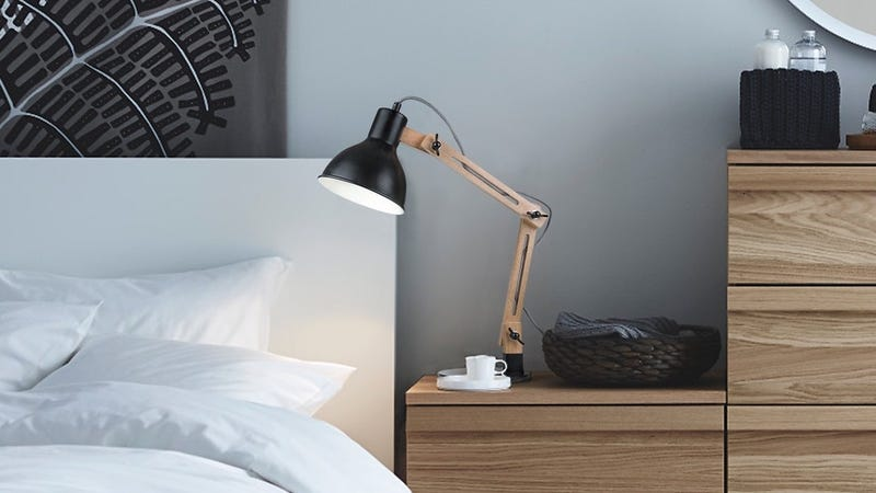 Tomons Swing Arm Desk Lamp, $21 with code GRXHWOGS