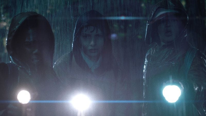 (Caleb McLaughlin, Finn Wolfhard, Gaten Matarazzo) (Photo: Netflix)