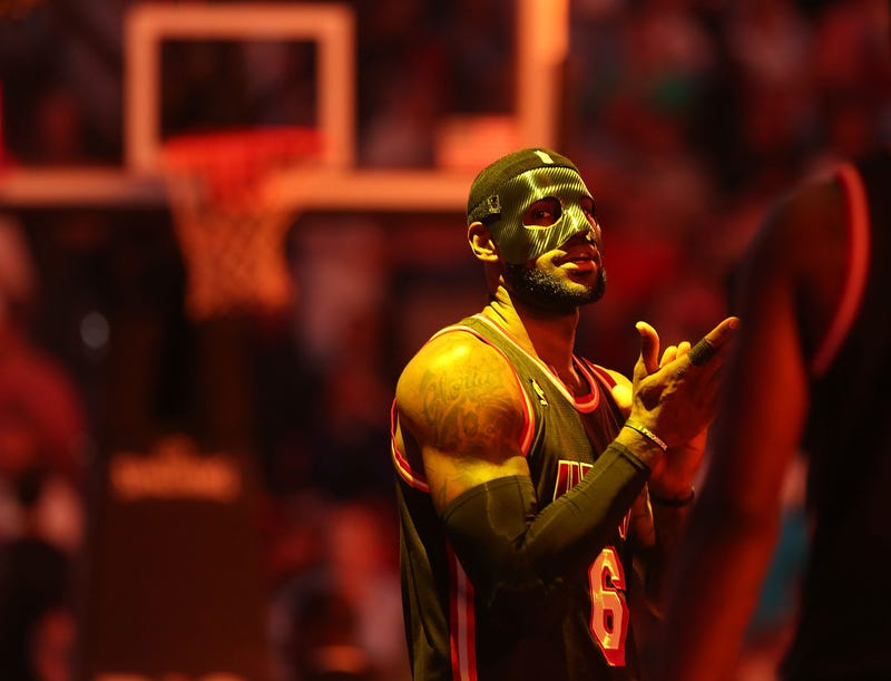 Illustration for article titled LeBron James And His Mask Belong In A Comic Book
