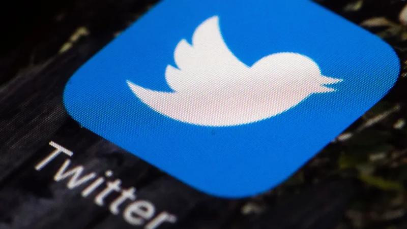 Twitter tiene menos usuarios diarios activos que Facebook y Snapchat.