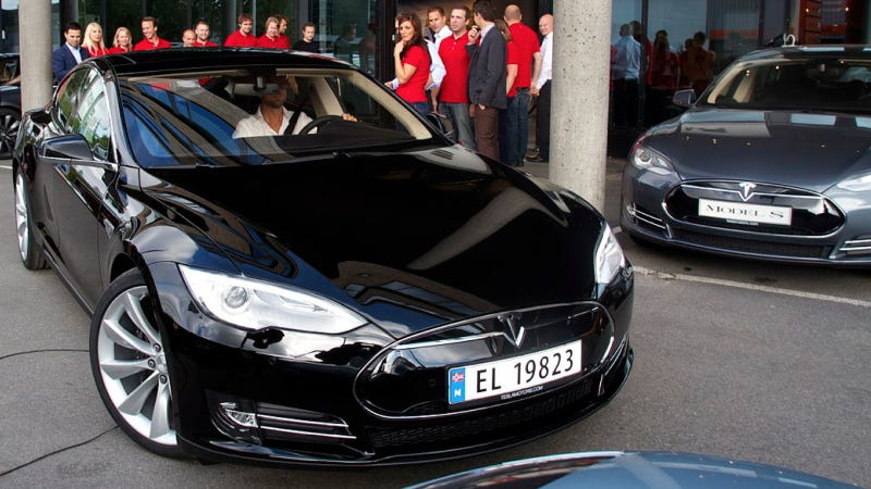 Illustration for article titled Norwegians Are Buying Used Teslas For Way More Than They Cost New