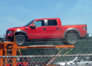Illustration for article titled 2011 Ford F-150 SVT Raptor Crew Cab In Full, Four-Door Glory