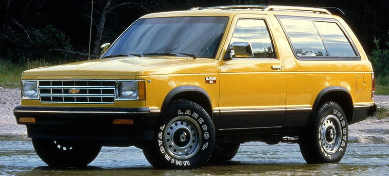 Must read how chevrolet wronged the pioneering s 10 blazer the want is terribly strong for this 83 photo credit chevrolet sciox Gallery
