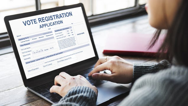 How to Use Social Media to Register to Vote