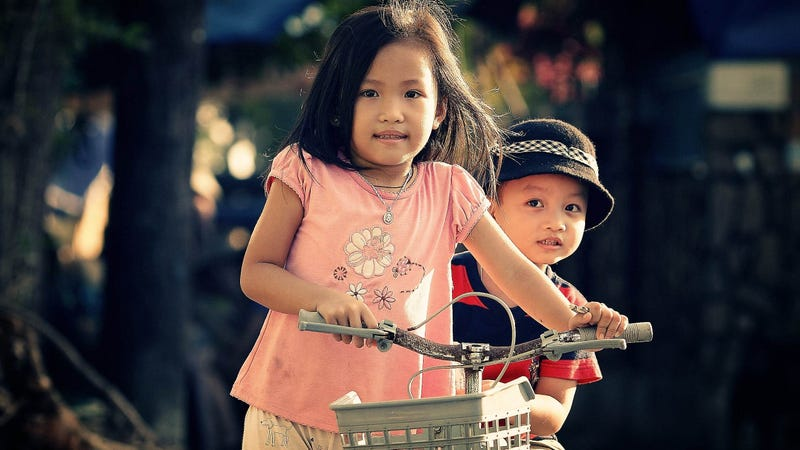 Why Your Oldest Child Is Your Smartest Child