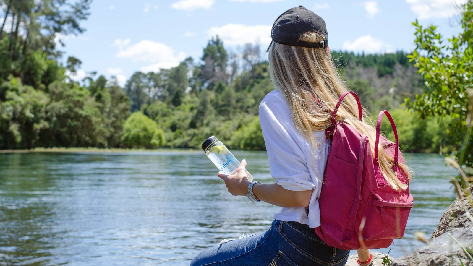 QnA VBage How to Turn Your Phone into a Summertime Survival Kit