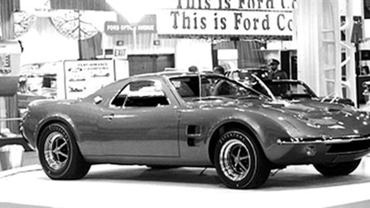 Mustang Mach 2 >> The Ford Mustang Mach 2 Was The Mid Engined Pony Car No One