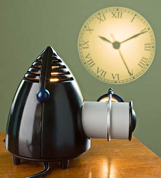 Illustration for article titled Projection Clock Mixes Up Past and Future to Give You the Present Time