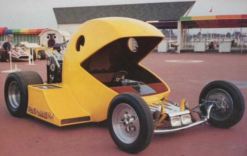 Illustration for article titled The $75k Pac-Man Hot Rod (And The Toy Version)