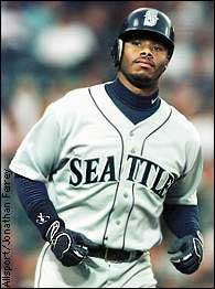 Illustration for article titled Everybody Loves Ken Griffey Again