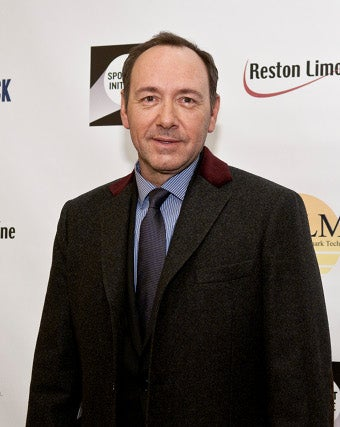 Illustration for article titled Kevin Spacey Gets Into Gay Privacy Debate
