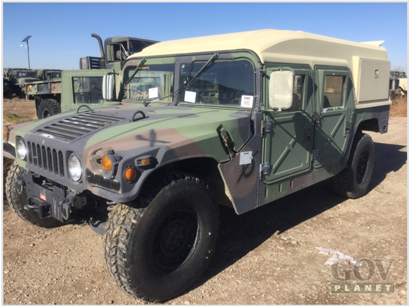 Military Will Finally Sell You A Surplus Humvee Starting At 10 000
