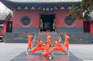 Illustration for article titled Shaolin Monks Own Smartphones, Are Not Allowed To Play Video Games