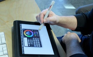 Illustration for article titled Make a Cheap Stylus for iPad and Other Touchscreen Devices