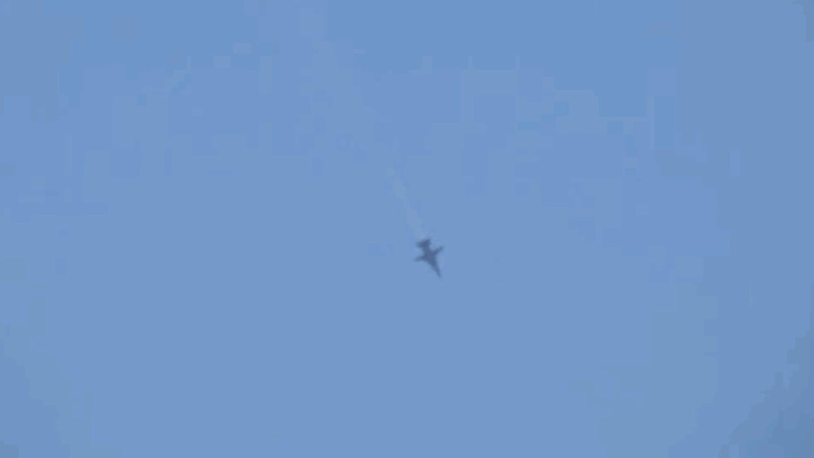 F-16 turcos abaten a un SU-24 ruso por violación del espacio aéreo en la frontera con Siria