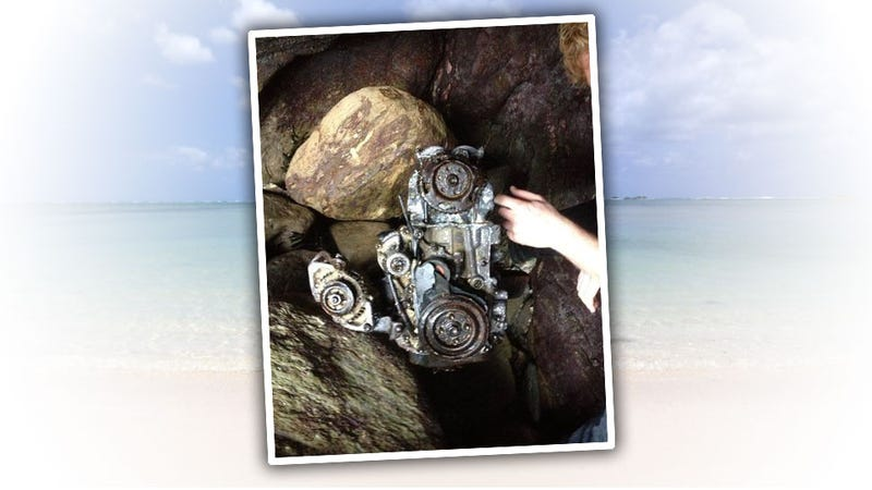 Illustration for article titled What's This Engine Found Washed Up On The Beach?