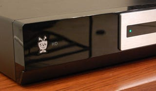 Illustration for article titled $300 TiVo HD Unboxed and Fondled (Verdict: Hell Yes!)