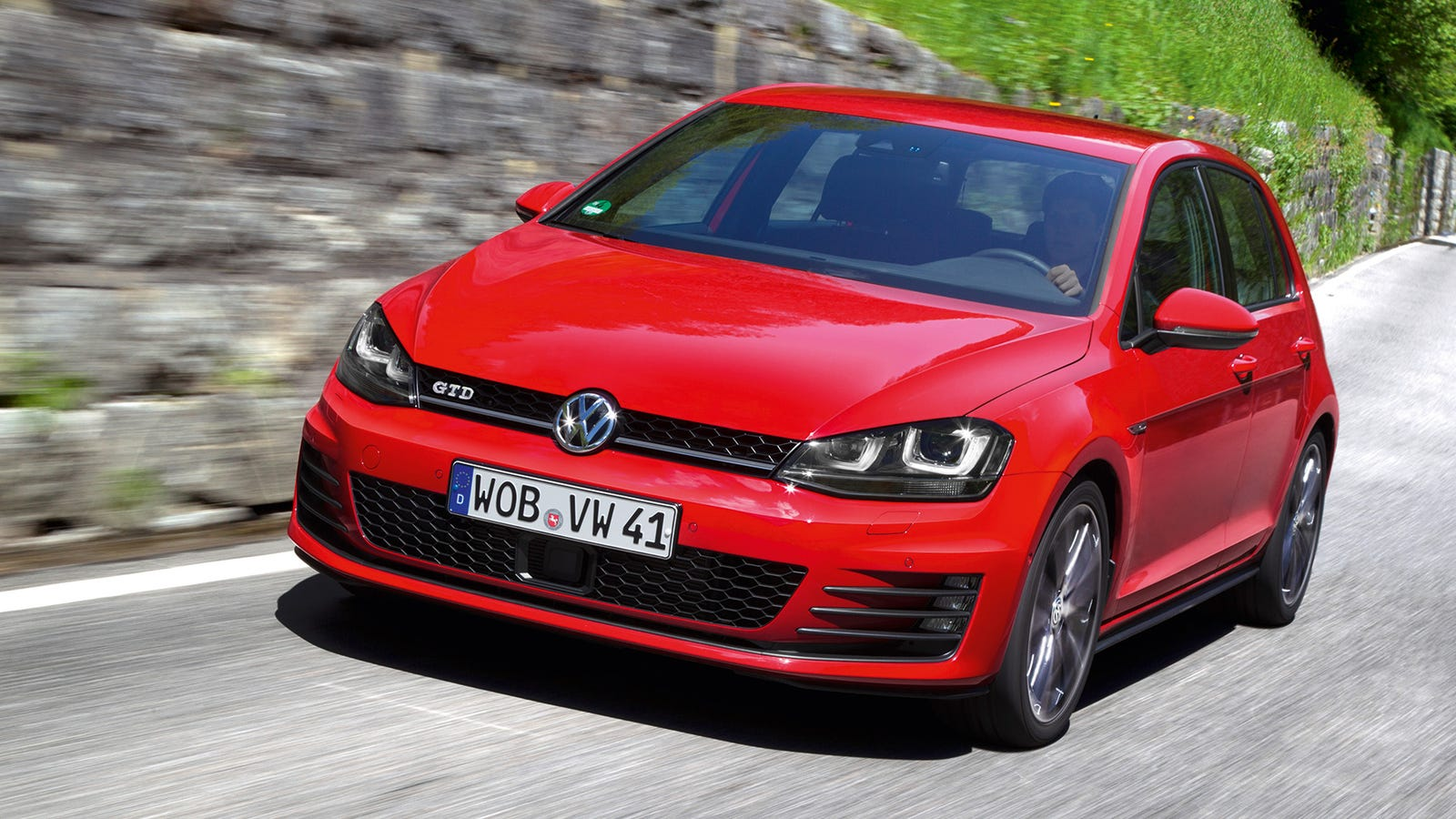 2014 volkswagen golf gtd the 40 mpg diesel hot hatch of your dreams. Black Bedroom Furniture Sets. Home Design Ideas