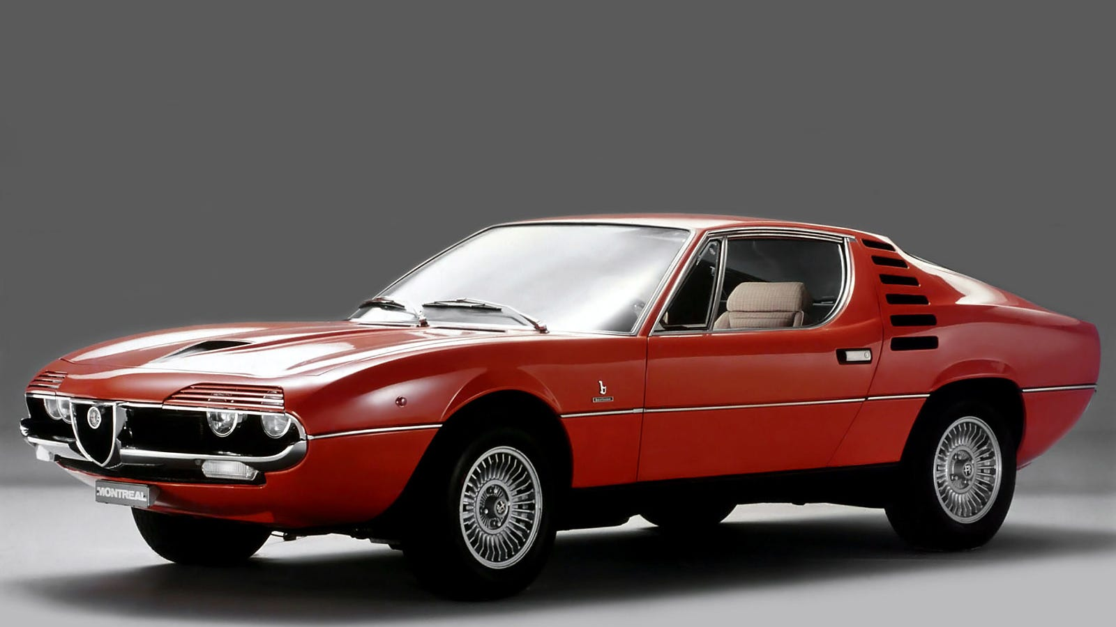 v8 m t underdogs the alfa romeo montreal. Black Bedroom Furniture Sets. Home Design Ideas