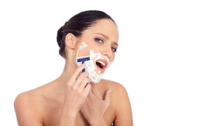 Illustration for article titled Woman Draws Beard On Her Face To Rob Bank