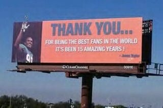 Illustration for article titled Jason Taylor Says Goodbye To Miami Fans With Message On His Forehead