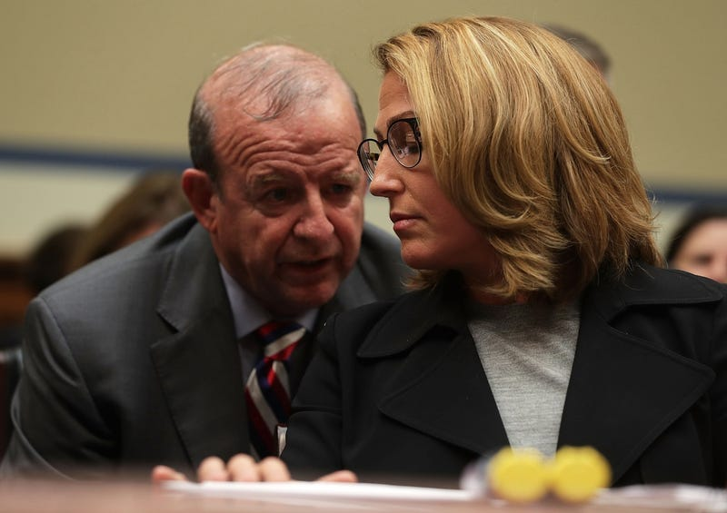 Mylan CEO Heather Bresch listens to an aide during a hearing before lying to the House Oversight and Government Reform Committee on September 21, 2016 (Photo by Alex Wong/Getty Images)