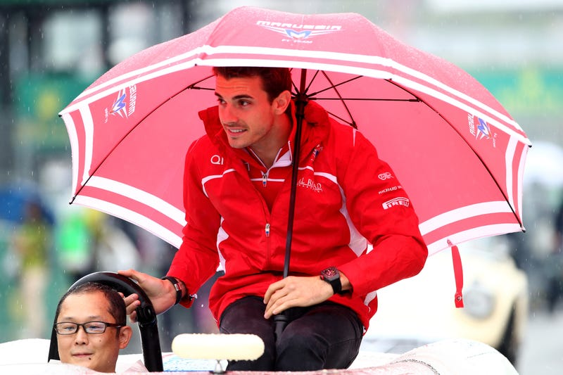 Illustration for article titled Jules Bianchi Reportedly Out Of Surgery, Moved To ICU