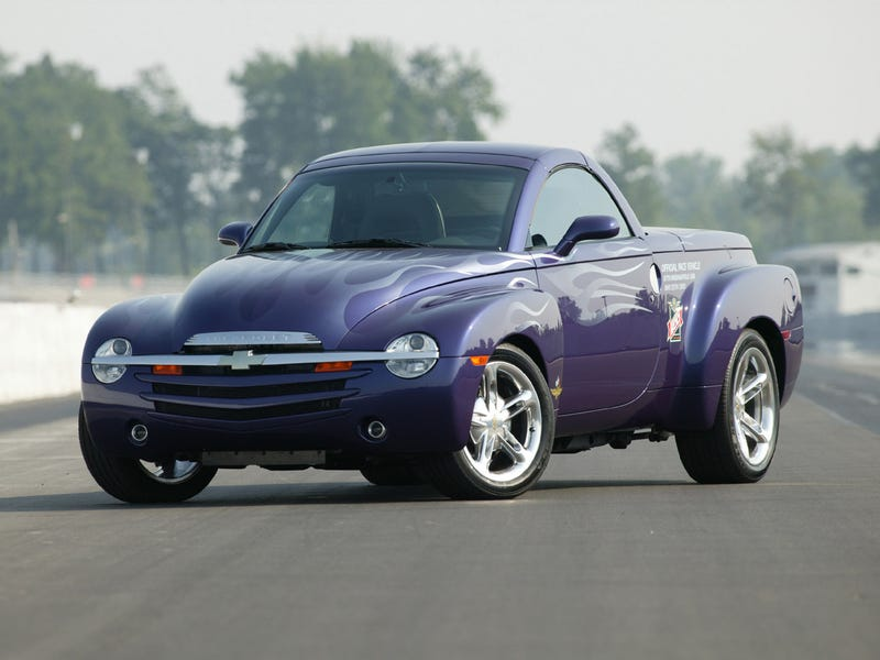 Illustration for article titled Uh Oh, Im Wanting a Chevy SSR...