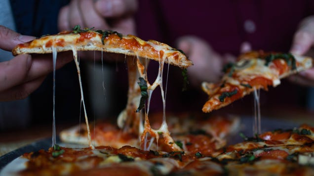 How to Choose Quality Cheese for Your Pizza