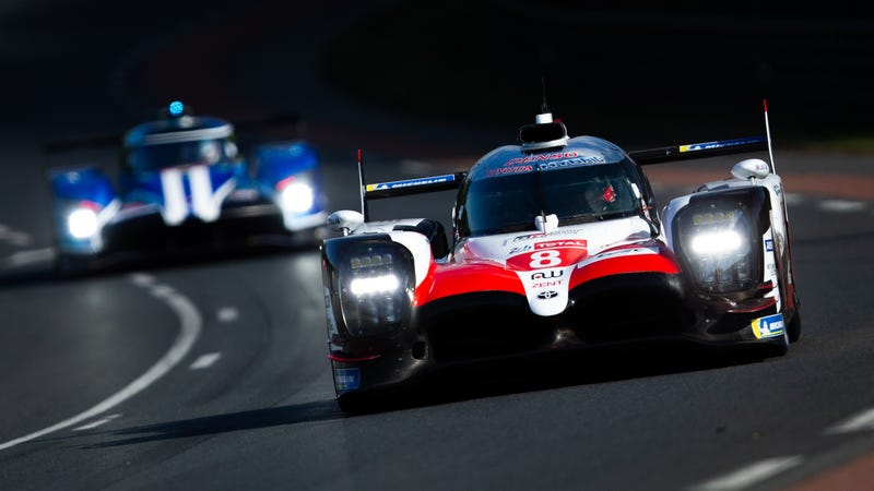 8 Toyota Gazoo Racing Lmp1 Car