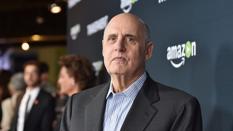 Illustration for article titled Transparent Fired Jeffrey Tambor, But Arrested Development Is Happy to Have Him