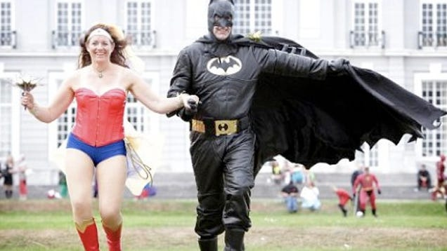 Wonder Woman And Batman Get Married