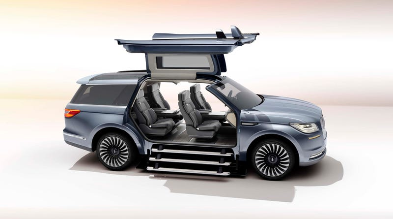 Illustration for article titled The 2018 Lincoln Navigator Concept: This Is It But Why?