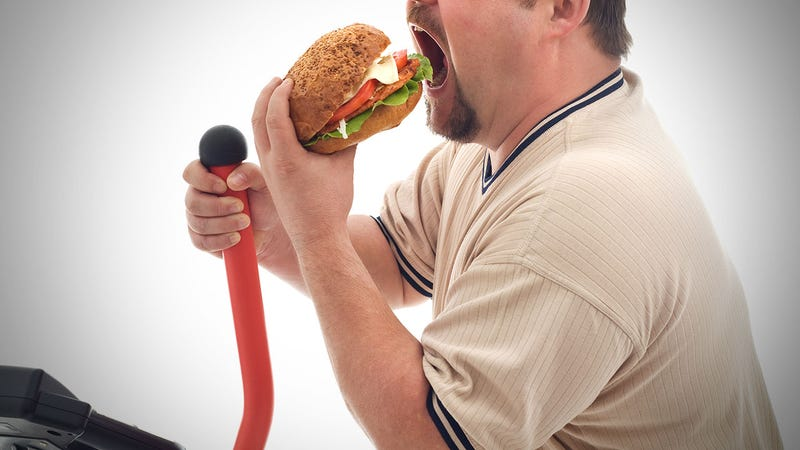 Illustration for article titled Exercise Decreases Your Desire to Eat, But You'll Probably Eat More Anyway