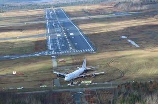 Illustration for article titled More 747 Crash Shots